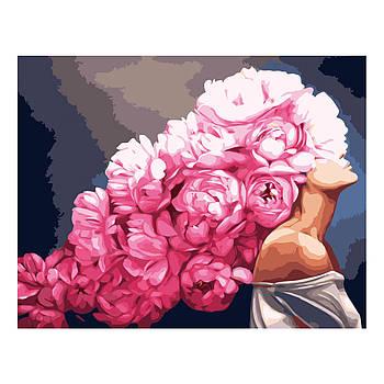 Картина по номерам Strateg Девушка с розовыми пионами, 40х50 см
