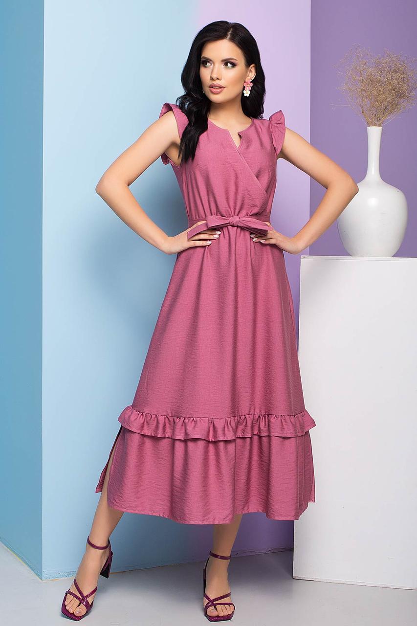 Легкое приталенное платье длиной миди, плательное, рукав-крылышко и пояс в комплекте. Розовое