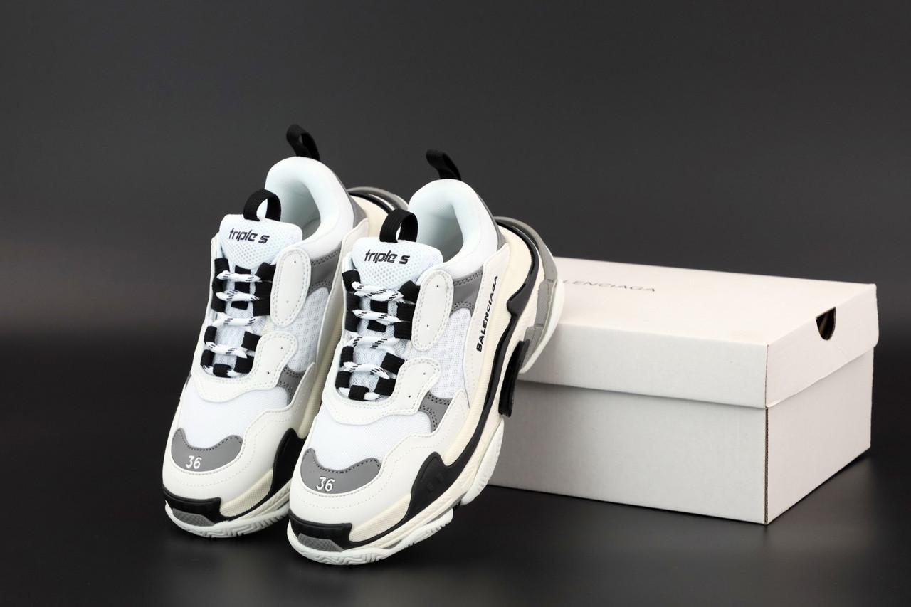 Жіночі кросівки Balenciaga Triple S в стилі Баленсіага Тріпл З багатошарова підошва БІЛІ (Репліка ААА+)