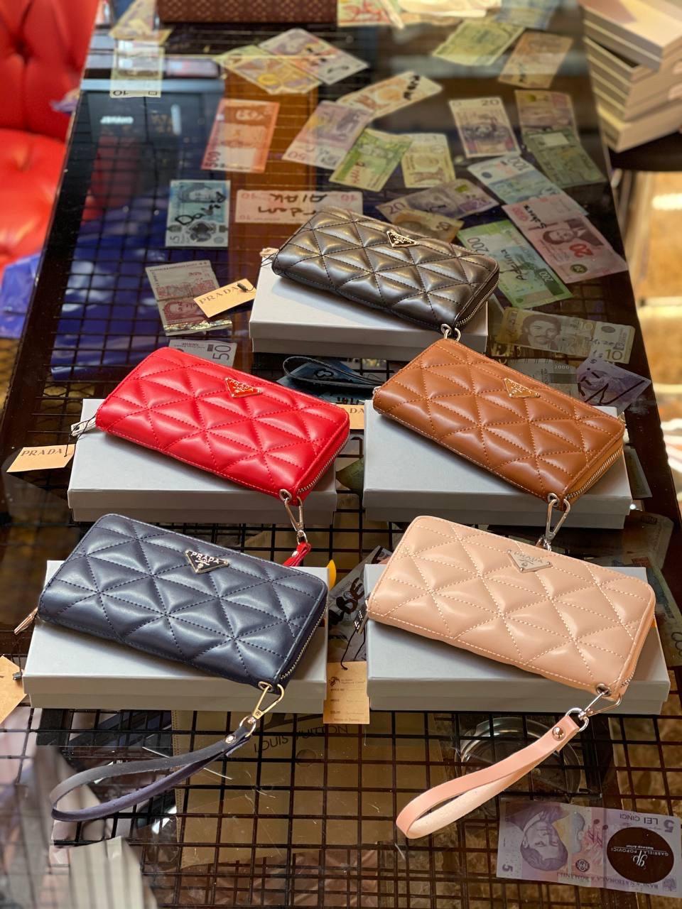 Жіночі гаманці Prada (люкс копія )