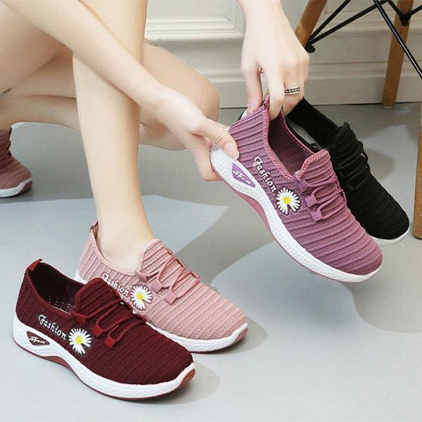 Стильні жіночі кросівки з Ромашкою, 36 - 40