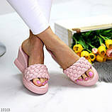 Удобные нарядные фактурные розовые пудра женские шлепки шлепанцы на танкетке 39-25см, фото 5