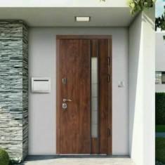 _____ ДвериРедфорт на улицу ____