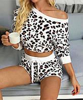 Женский стильный костюм: батник и шорты, фото 1
