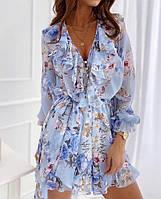 Женское стильное приталенное платье с V-образным декольте