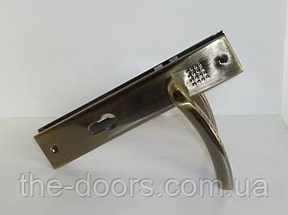 Дверна ручка на планці Зевс AL AB