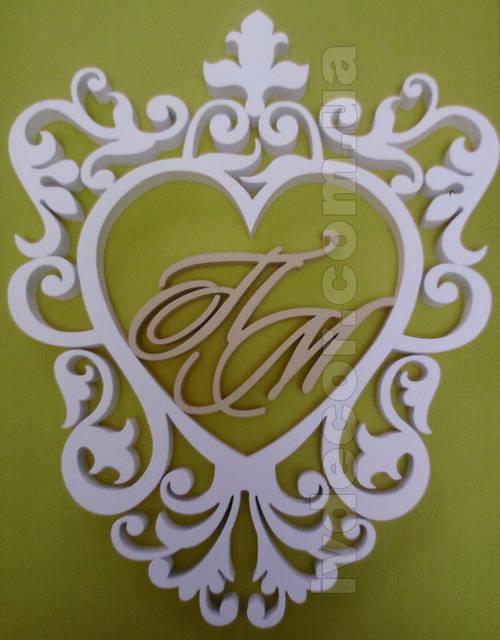 Рамка для свадьбы (№12 из каталога рамок) изготовлена из экструдированного пенополистирола 30 мм и окрашена. Размер рамки 54х67 см