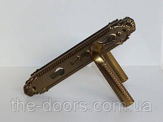 Дверна ручка на планці Цезар MCF
