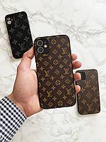 Чехол брендовый Louis Vuitton для Iphone 11 (лого)