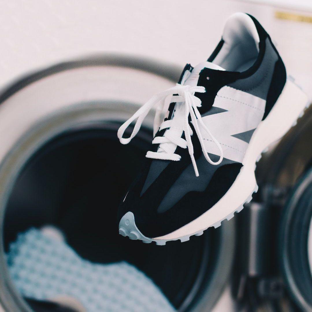 Чоловічі кросівки New Balance 327 в стилі нью беланс Чорні/Білі (Репліка ААА+)
