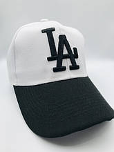 Жіночі кепки і бейсболки