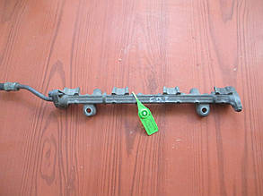 Рейка топливная (рампа) 1,6 MD315793 95754708 Carisma Mitsubishi
