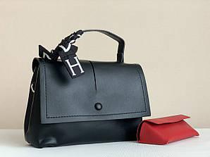 Черная женская сумочка небольшая компактная