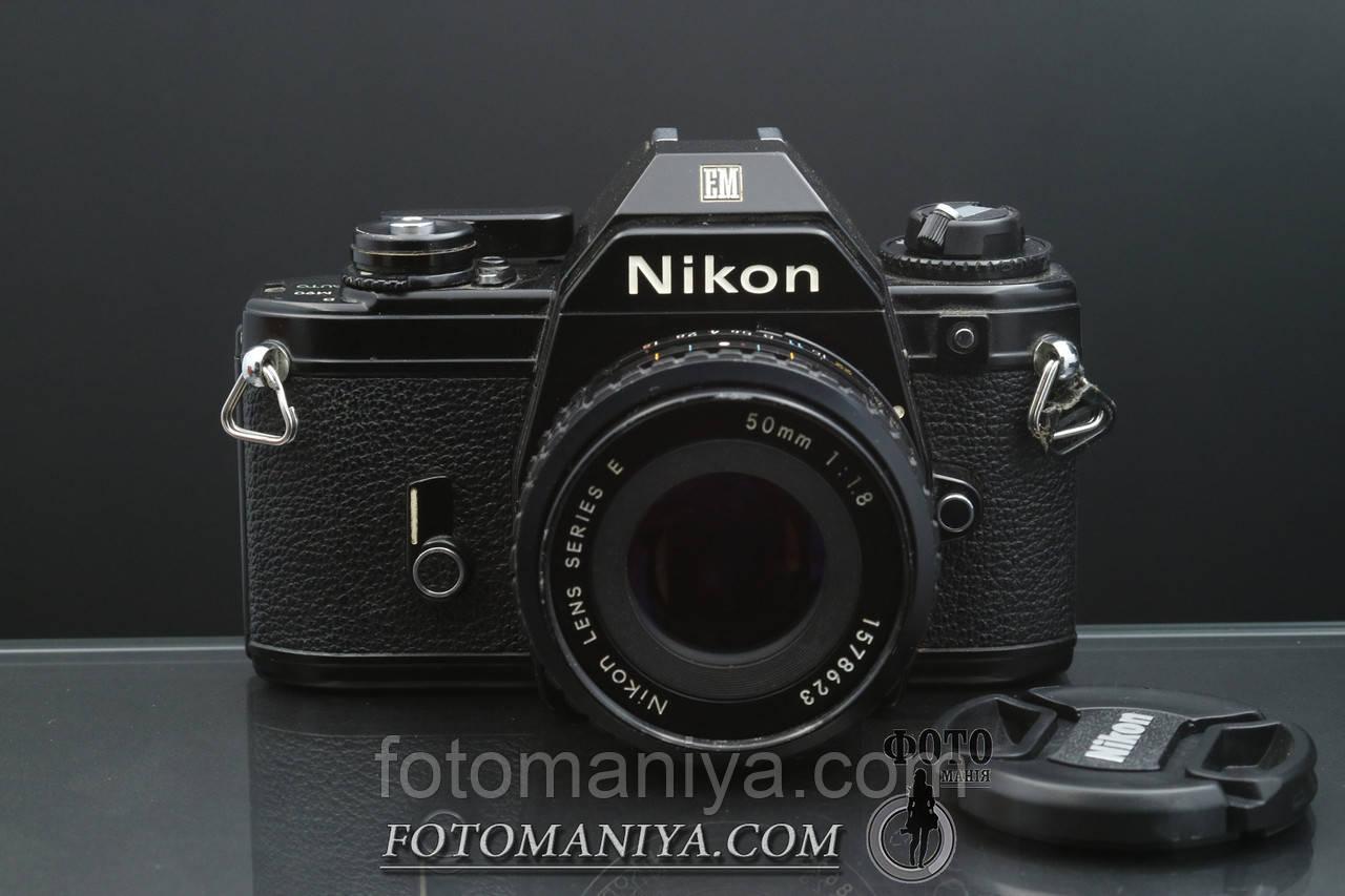 Nikon EM kit Nikon Lens Series E 50mm f1,8