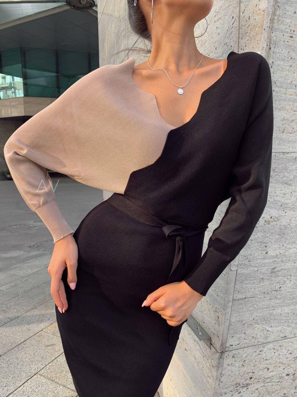 Женское трикотажное платье Бежевое Черное