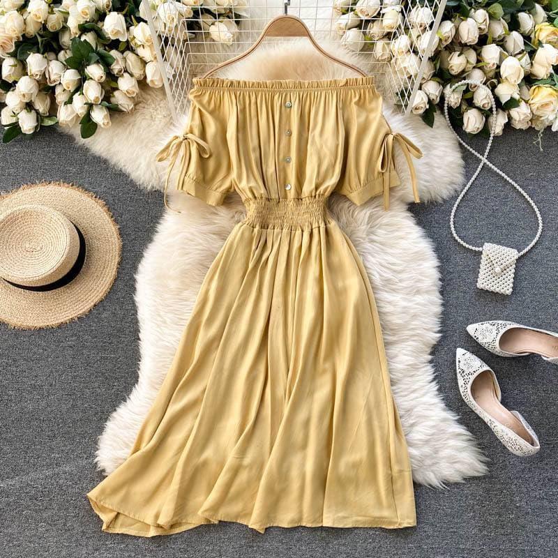 Жіноче плаття зі спущеними плечиками в жовтому кольорі