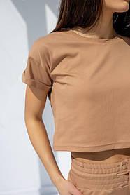 Укороченная женская футболка