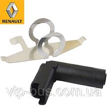 Датчик положения коленчатого вала на Renault Trafic 2.5dCi (2003-2014) Renault (оригинал) 7701477748
