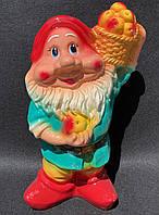 Садовая фигура «Гном с корзиной яблок» 40 см, фото 1