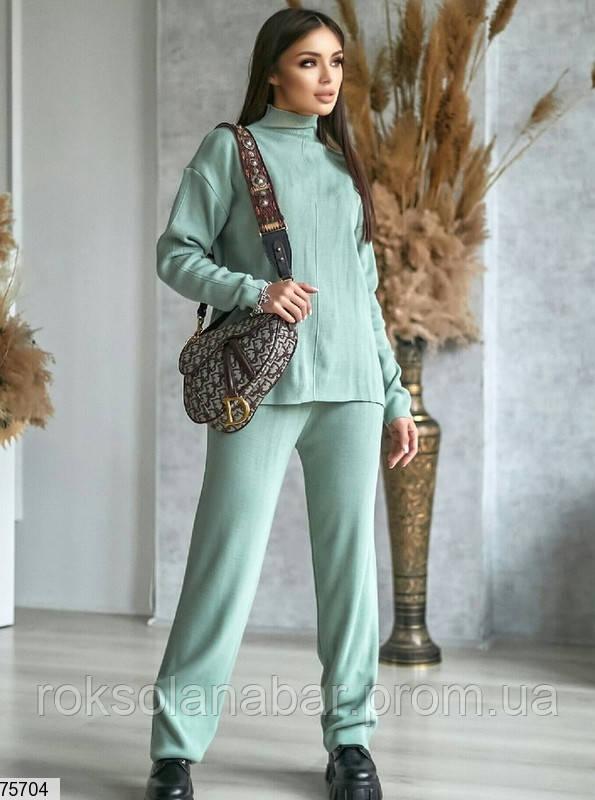 Жіночий оливковий костюм двійка (штани + кофта) універсальний 42-46