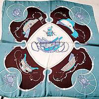 Жіноча шовкова хустка з малюнком