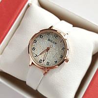 Жіночі наручні годинники Bolun золотистого кольору з переливаються циферблатом, білий ремінець - код 2014, фото 1