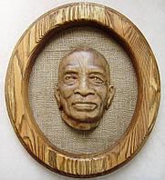 Портрет деревянный резной на заказ