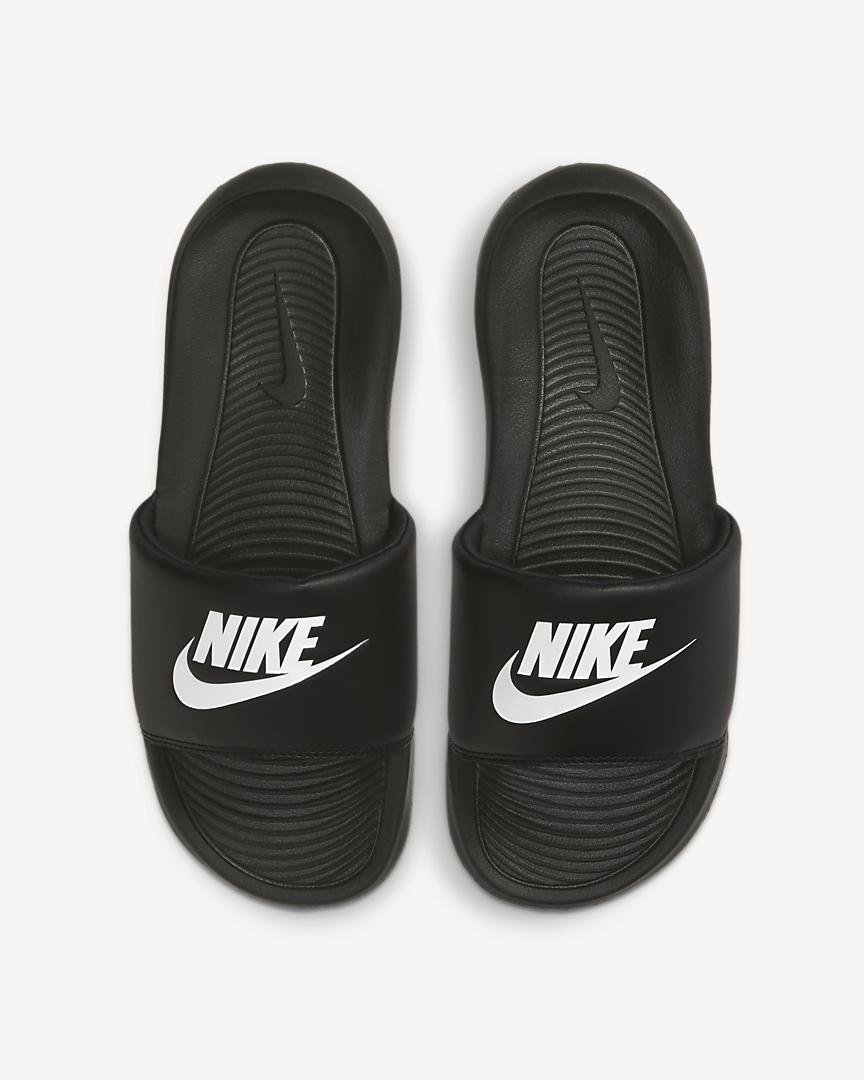 Шльопанці жіночі Nike Victori One Slide CN9677-005 Чорний
