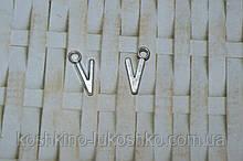 Підвіска буква V. метал. англійський алфавіт