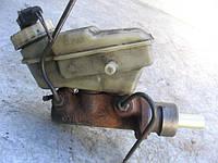 Главный тормозной цилиндр (4 выхода) 701611303A на Seat: Cordoba, Ibiza, Inca, Toledo