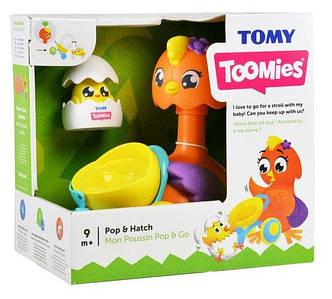 Іграшка-каталка Квочка і курча Tomy Т72723С
