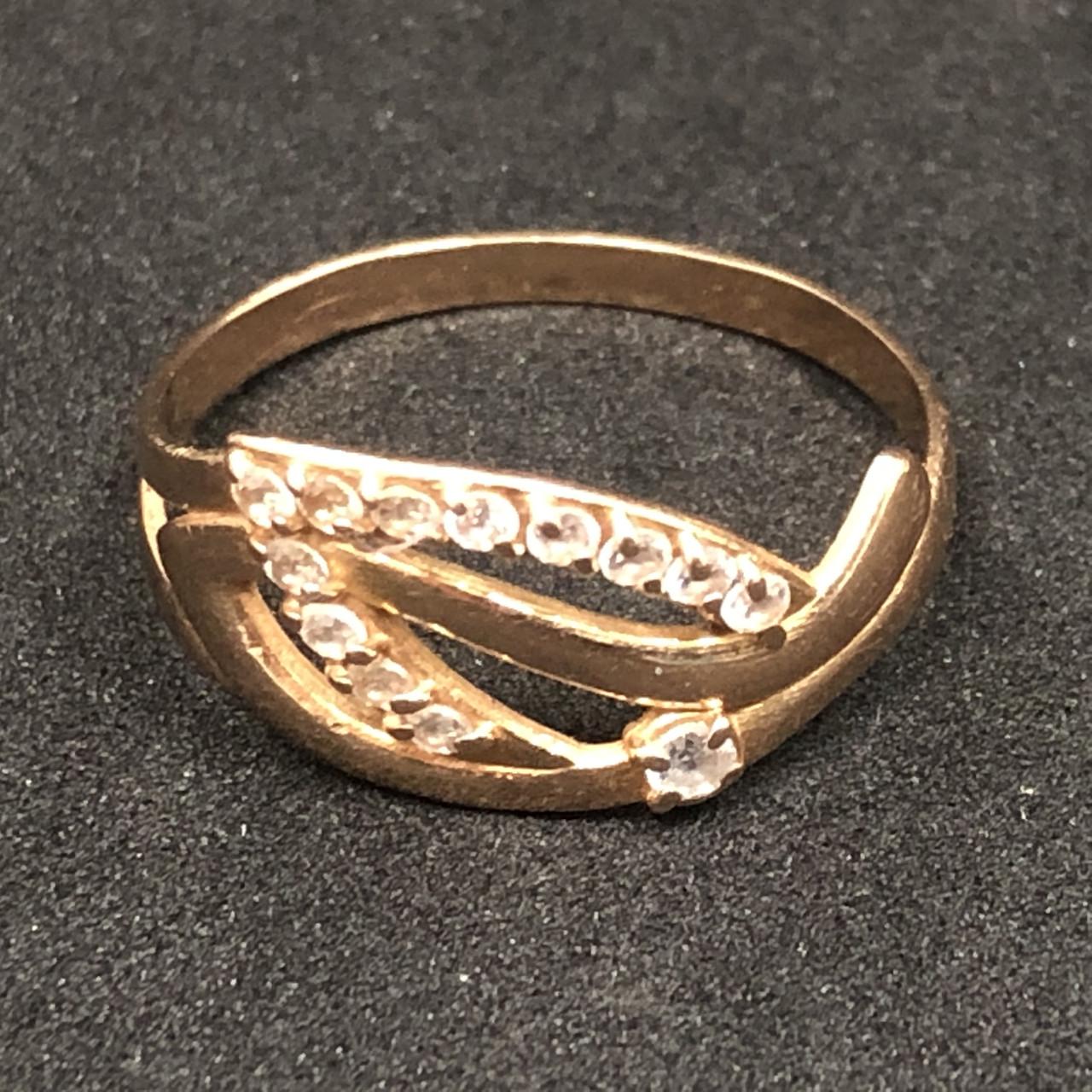 Золотое кольцо 585 пробы Б/У с фианитами, вес 1,68 г