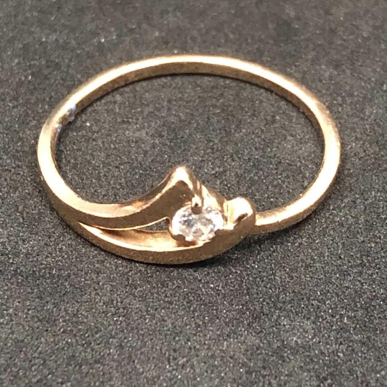 Золотое кольцо 585 пробы Б/У с фианитом, вес 1,55 г