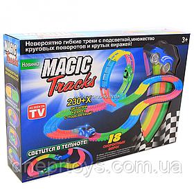 Автотрек Magic Tracks (Мэджик Трек) со светящейся синей машинкой, 230 деталей (6688-76)