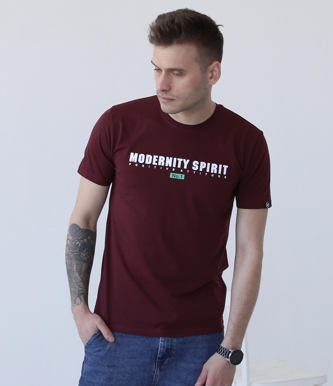 Мужская бордовая футболка с надписями / Молодежная мужская футболка из хлопка с принтом