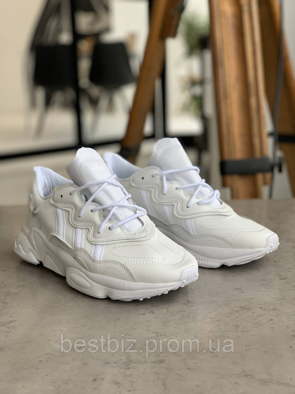 Кроссовки Adidas Ozweego White Адидас Озвиго Белые (42,43,45)