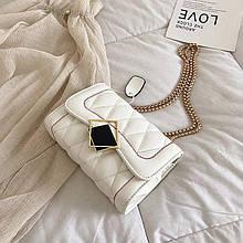 Жіноча класична сумочка MIRROW-1 на товстій ланцюжку три відділу біла