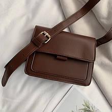 Женская классическая сумочка через плечо на ремешке темно коричневая