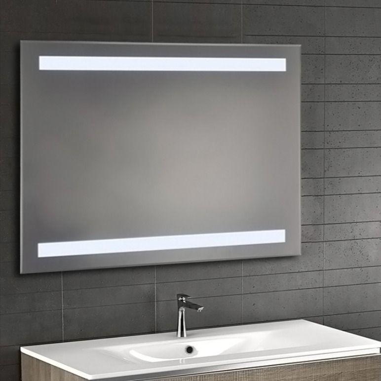Зеркало с LED подсветкой 80х70 настенное ( для ванной комнаты)