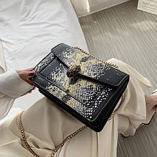 Женская классическая сумка через плечо кросс-боди на толстой цепочке рептилия змеиная голова черная