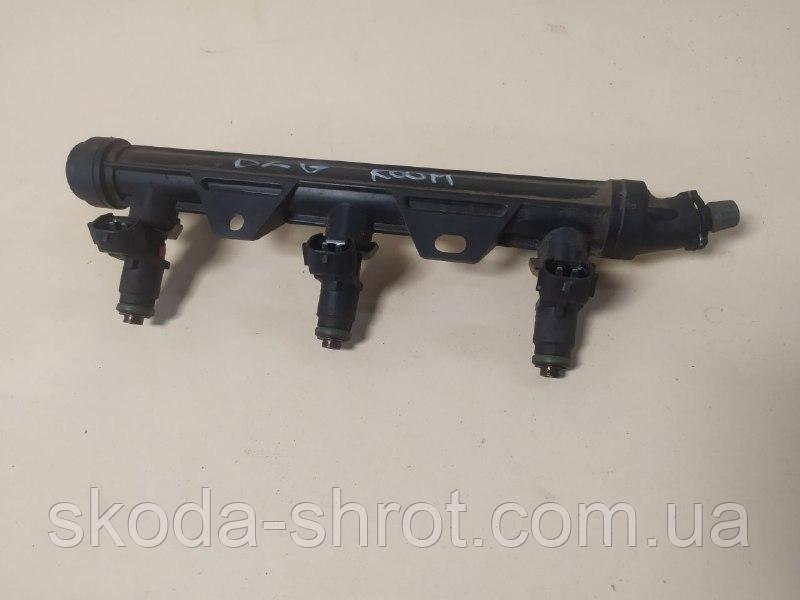 Распределитель топлива 03E133320 VAG 1.2 Skoda Fabia, топливная рейка, рампа топливная Шкода Фабия, Seat, VW