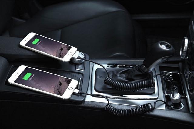 Автомобильное зарядное устройство для телефонов - планшетов - навигаторов