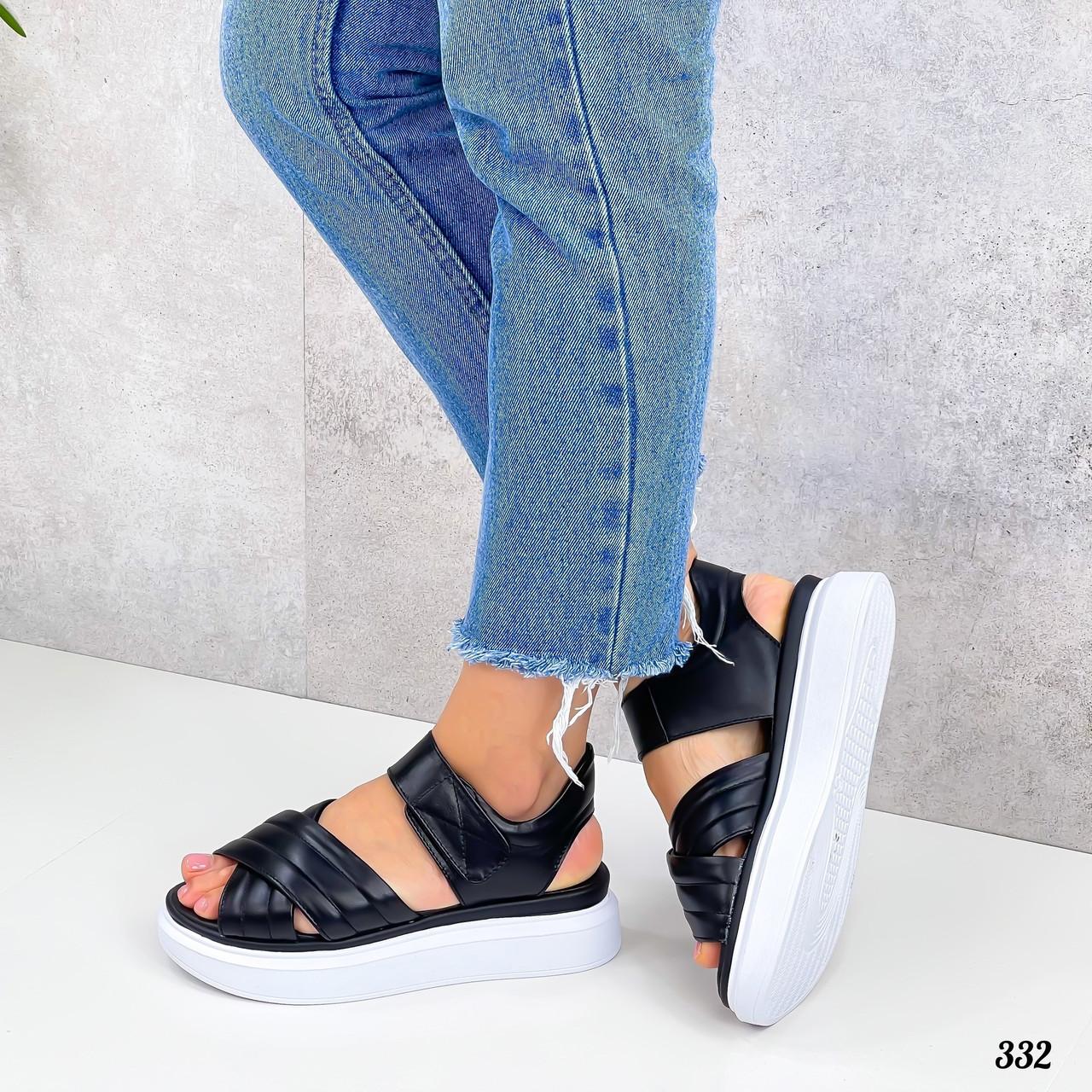 Кожаные удобные сандалии на липучках
