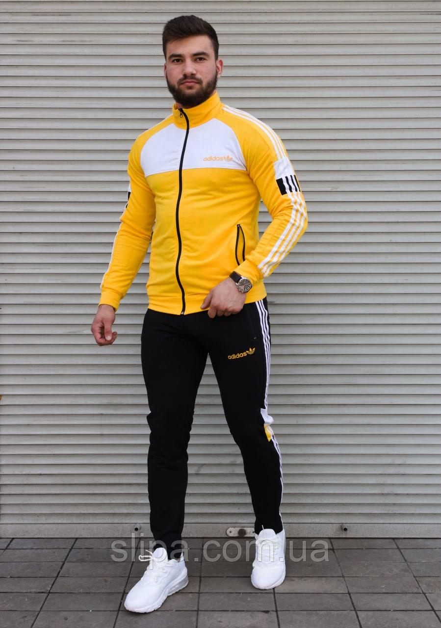 Жовтий спортивний костюм Adidas без капюшона з білою вставкою на грудях і чорними штанами   двухнить
