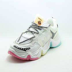 Белые женские кроссовки Keddo 817939/03-02 сетка