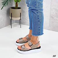 Жіночі спортивні сандалі на липучках білі