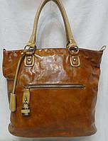 Стильная женская  сумка из кожзаменителя.