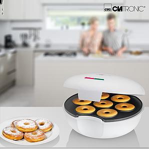 Апарат для приготування пончиків і бубликів Clatronic білий 900 Вт DM 3495