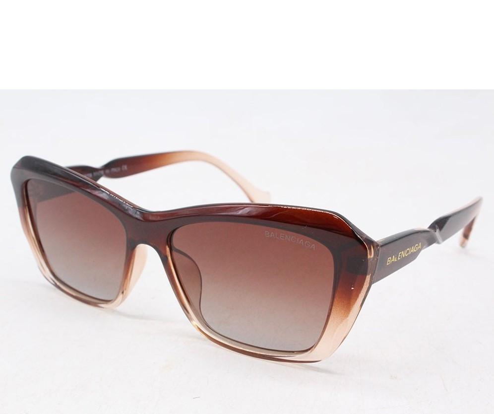 Сонцезахисні окуляри 2101