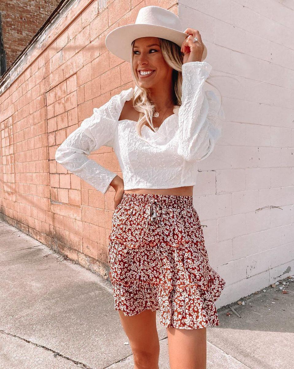 Женская легкая красная юбка с цветочным принтом